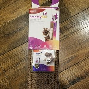 Corrugated scratch pad for Cats